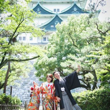名古屋城をバックにロケーションフォト