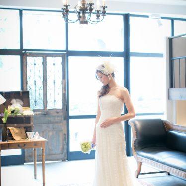 アンティークスタジオで前撮り撮影した新婦さんのピンショット