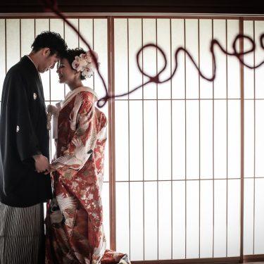 ラブの赤い糸を飾って撮影したロケーション撮影