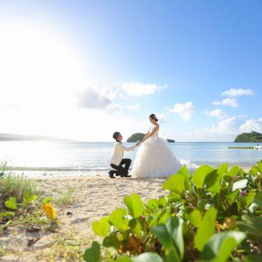 グアムのビーチでプロポーズフォト
