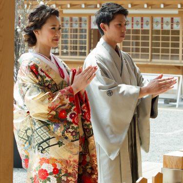 国府宮神社でお参りしながら前撮り