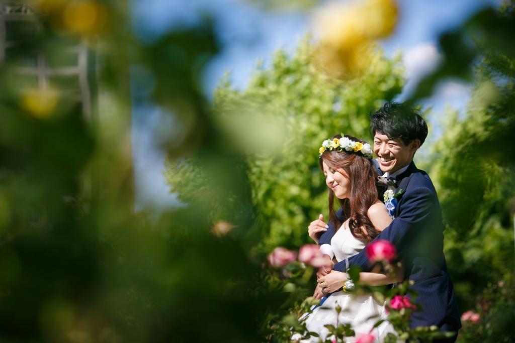 色が素晴らしい芸術的な結婚写真