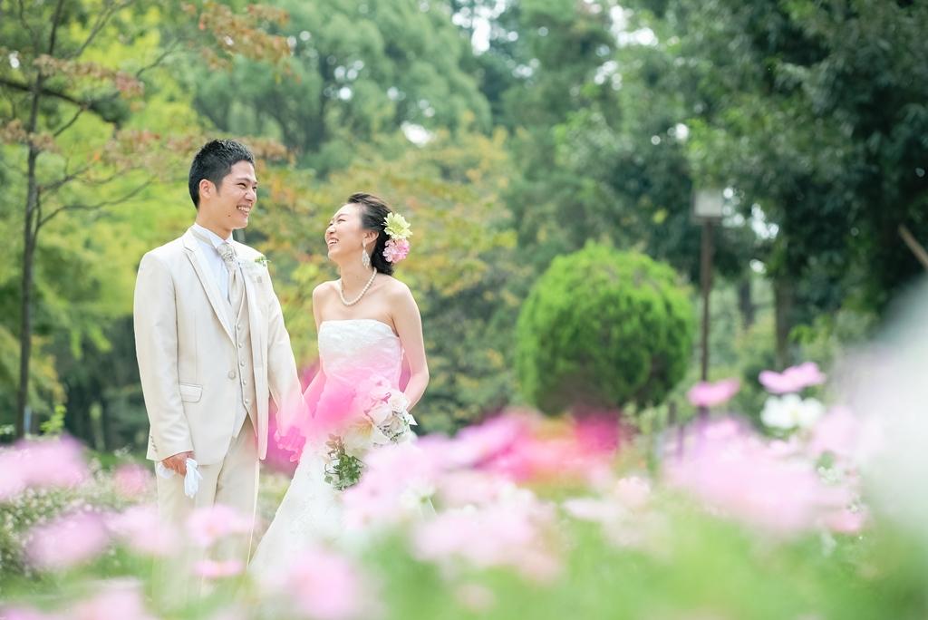 花咲く公園で洋装&しっとりお茶室で和装撮影