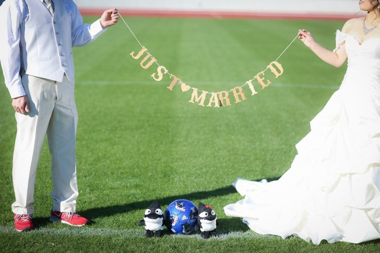 JUSTmarriageのガーランドと一緒に