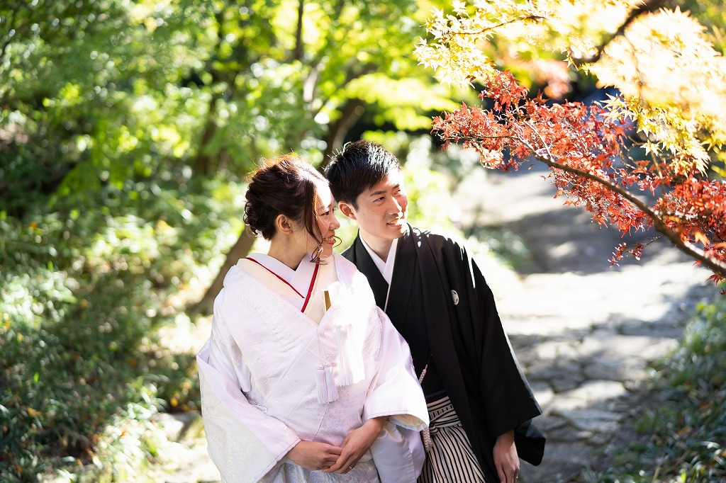 紅葉に彩られた「徳川園」にて前撮り撮影