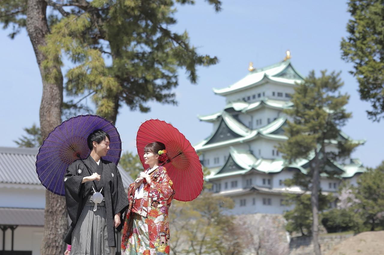 御家族に見守られながら想い出の「名古屋城」で撮影。