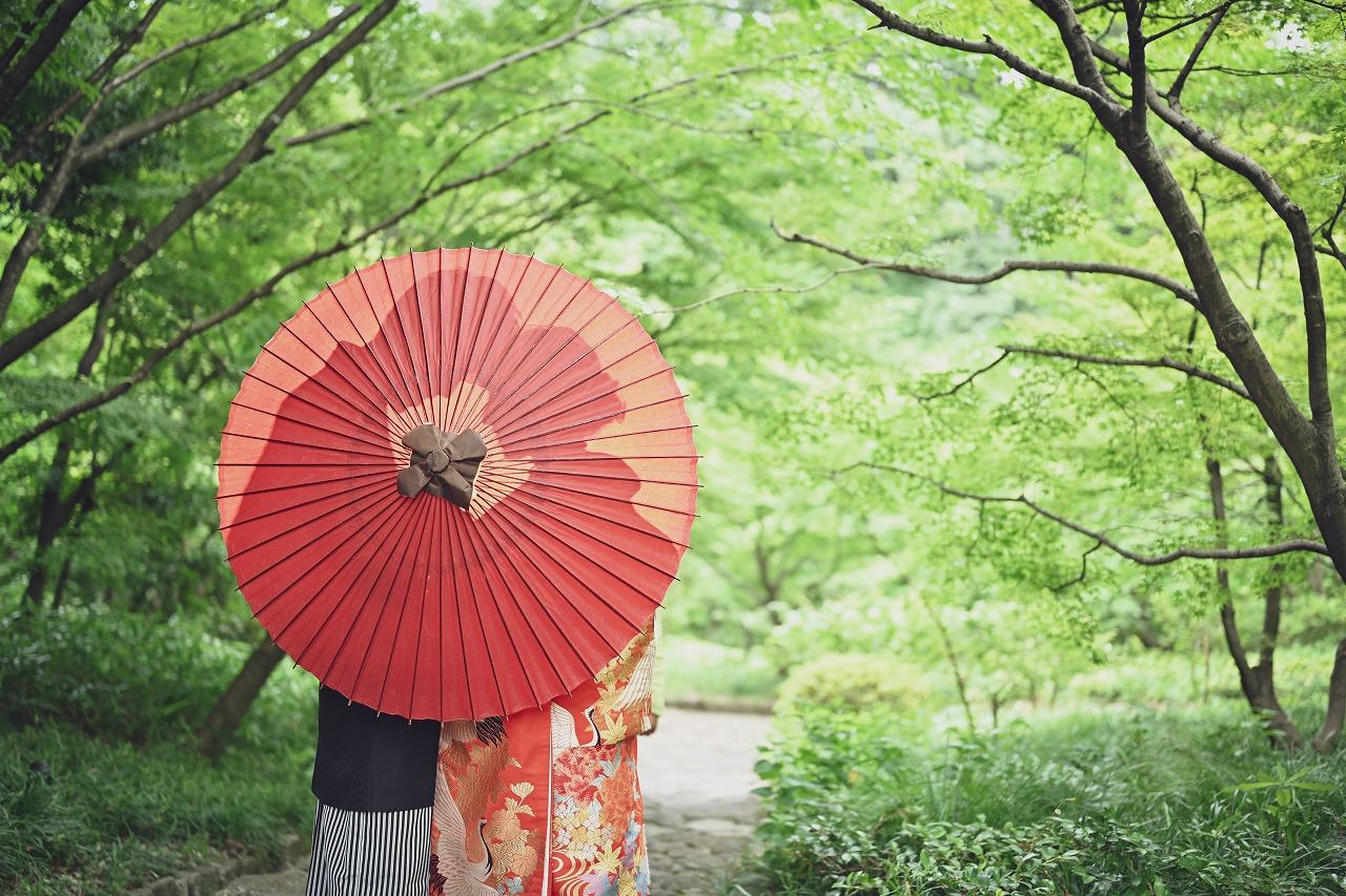 シルエットを活かしたオシャレな和装前撮りin徳川園