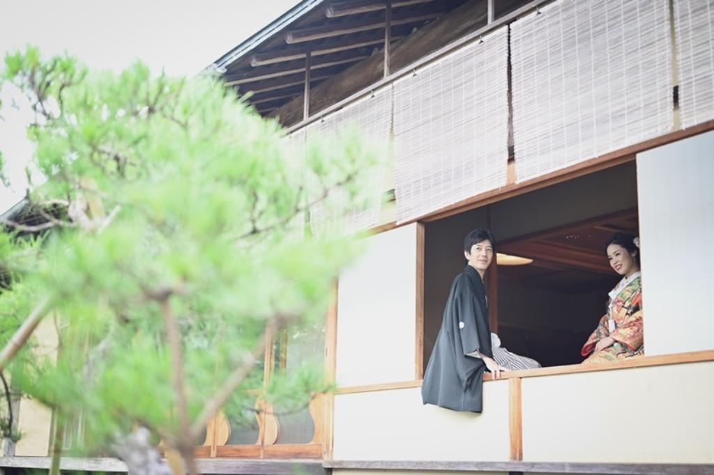 歴史ある日本庭園でのロケーション和装撮影。