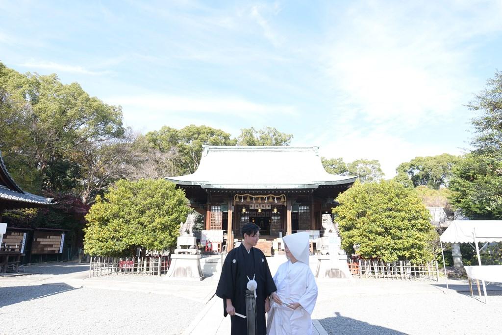 家族に見守れながら素敵な神前式in城山八幡宮